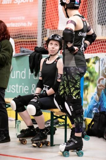 Thorsten-Lasrich-Ruhrpott-Rollergirls-vs-Sucker-Punch-Roller-Derby-33