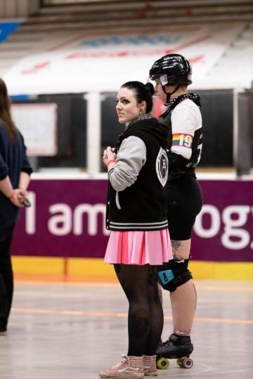Thorsten-Lasrich-Ruhrpott-Rollergirls-vs-Sucker-Punch-Roller-Derby-35