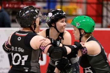 Thorsten-Lasrich-Ruhrpott-Rollergirls-vs-Sucker-Punch-Roller-Derby-45