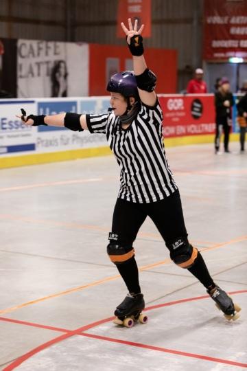 Thorsten-Lasrich-Ruhrpott-Rollergirls-vs-Sucker-Punch-Roller-Derby-50