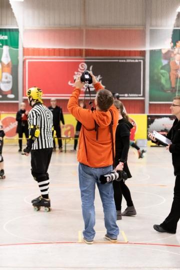 Thorsten-Lasrich-Ruhrpott-Rollergirls-vs-Sucker-Punch-Roller-Derby-51