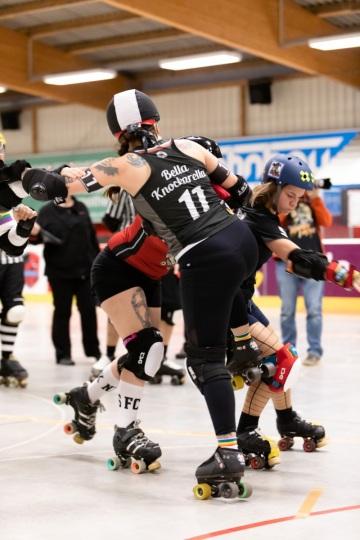 Thorsten-Lasrich-Ruhrpott-Rollergirls-vs-Sucker-Punch-Roller-Derby-57