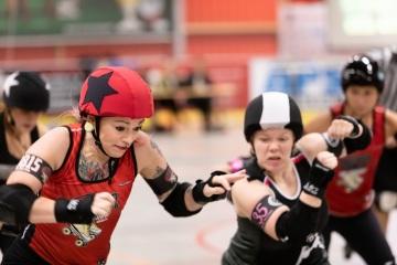 Thorsten-Lasrich-Ruhrpott-Rollergirls-vs-Sucker-Punch-Roller-Derby-66